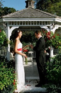 The Lilac Inn Country Inn Bed and Breakfast, Brandon, Vermont A romantic Vermont Country Inn known for custom weddings and romantic getaways in any season.